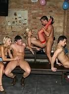 Gruppensex im Gangbangkeller